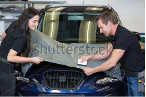Autofolie- Schutz die Lackierung